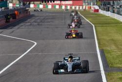 Lewis Hamilton, Mercedes AMG F1 W08, Max Verstappen, Red Bull Racing RB13, Esteban Ocon, Sahara Force India F1 VJM10, Daniel Ricciardo, Red Bull Racing RB13