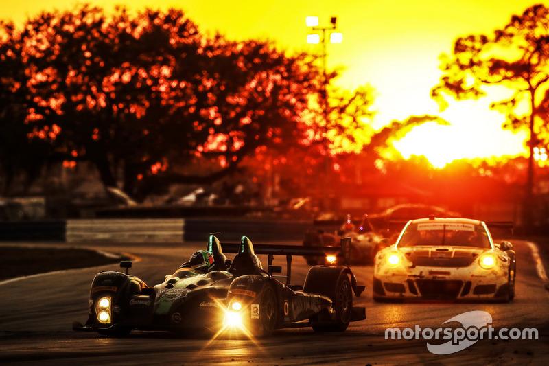 1. #20 BAR1 Motorsports ORECA FLM09: Don Yount, Buddy Rice, Daniel Burkett