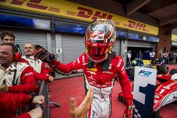 Ganador de la carrera Charles Leclerc, PREMA Powerteam