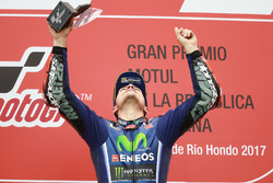 Podium: Race winner Maverick Viñales, Yamaha Factory Racing