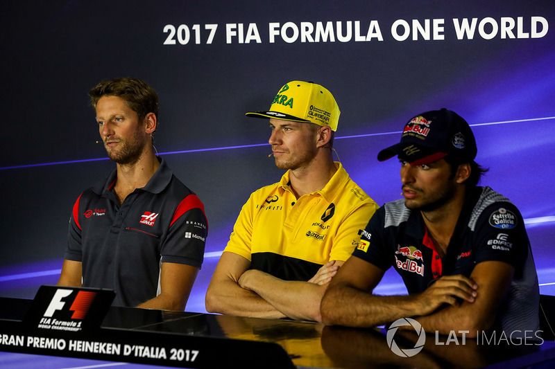 Romain Grosjean, Haas F1 Team, Nico Hulkenberg, Renault Sport F1 Team and Carlos Sainz Jr., Scuderia Toro Rosso in the Press Conference