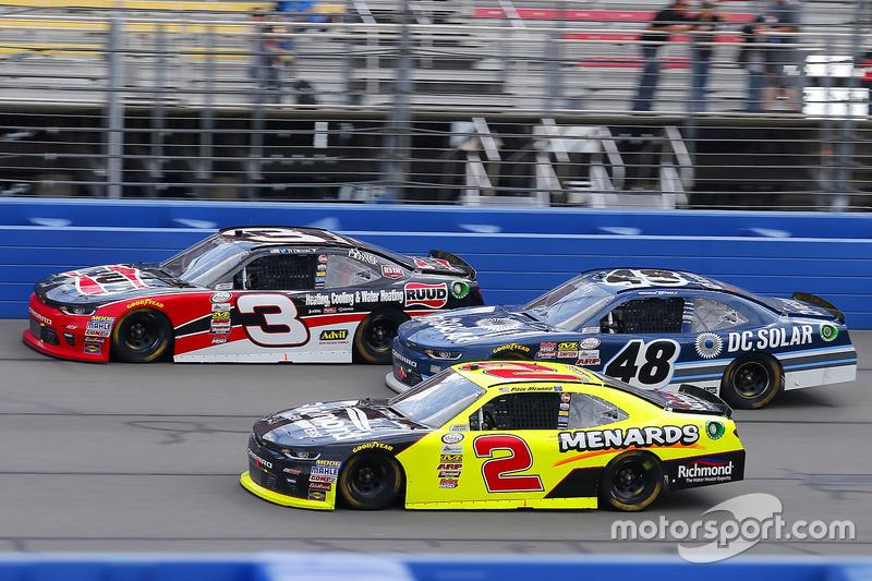 Paul Menard, Richard Childress Racing Chevrolet, Brennan Poole, Chip Ganassi Racing Chevrolet y Ty D