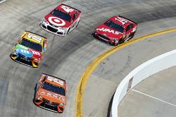 Daniel Suarez, Joe Gibbs Racing, Toyota; Kyle Busch, Joe Gibbs Racing, Toyota