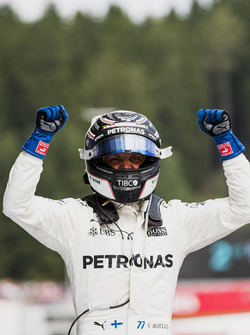 Race winner Valtteri Bottas, Mercedes AMG F1