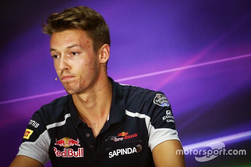 Daniil Kvyat, Scuderia Toro Rosso in der FIA Pressekonferenz
