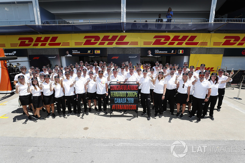McLaren merayakan GP ke-300 Fernando Alonso