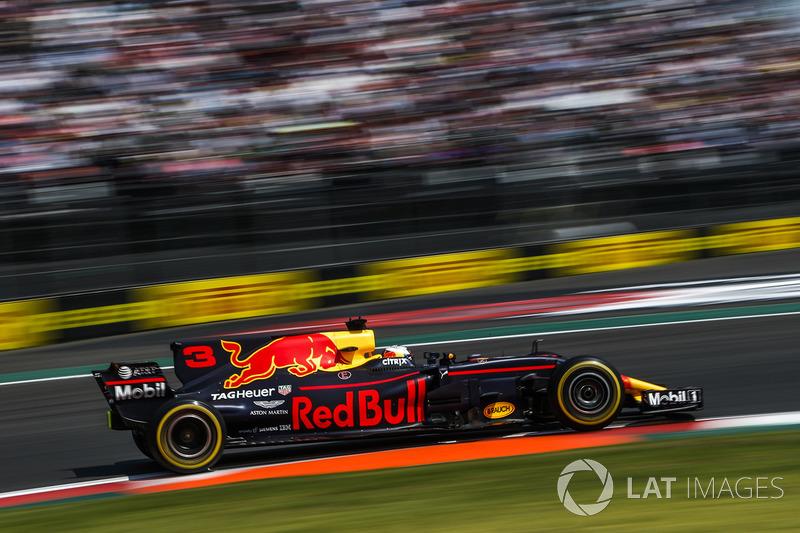 16. Daniel Ricciardo, Red Bull Racing RB13 *