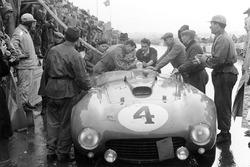 Jose Froilan Gonzalez, Maurice Trintignant, Ferrari 375 Plus