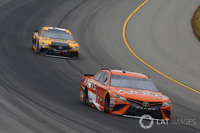Daniel Suarez, Joe Gibbs Racing, Toyota Camry ARRIS and Erik Jones, Joe Gibbs Racing, Toyota Camry DeWalt
