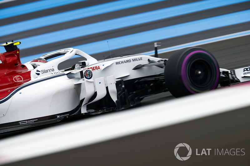 Леклер та Sauber святкують вихід до Q3