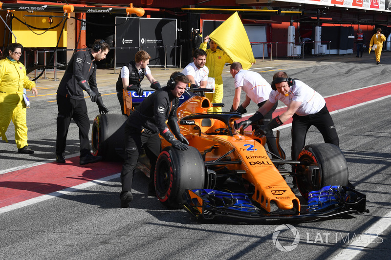 The car of Stoffel Vandoorne, McLaren MCL33 is pushed in pit lane
