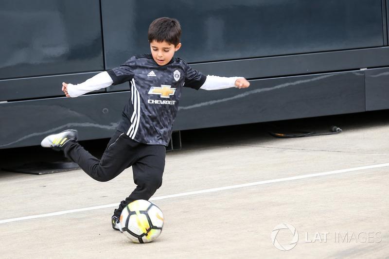 Феліпіньйо і Феліпе Масса, Williams, грають у футбол