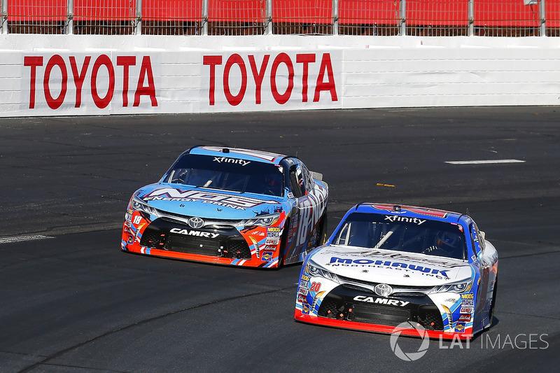 Ryan Preece, Joe Gibbs Racing Toyota y Kyle Busch, Joe Gibbs Racing Toyota