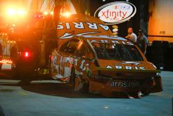 Carl Edwards, Joe Gibbs Racing Toyota, crashed car