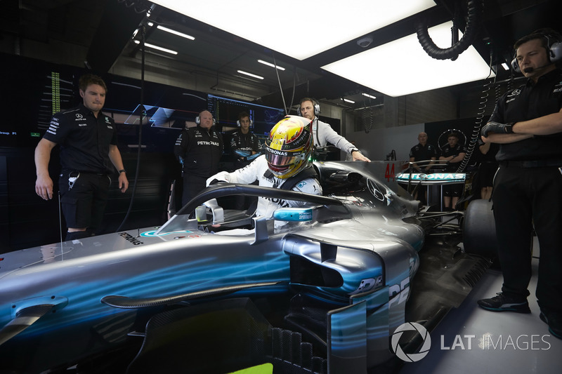 Lewis Hamilton, Mercedes AMG F1, with halo