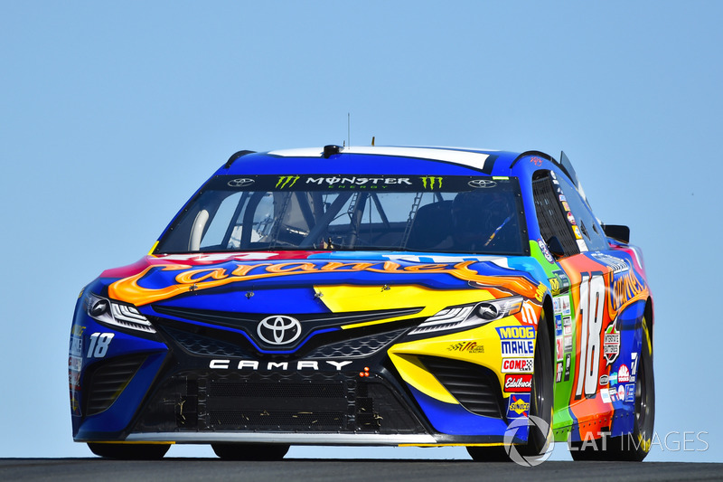 kyle busch joe gibbs racing toyota at sonoma. Black Bedroom Furniture Sets. Home Design Ideas