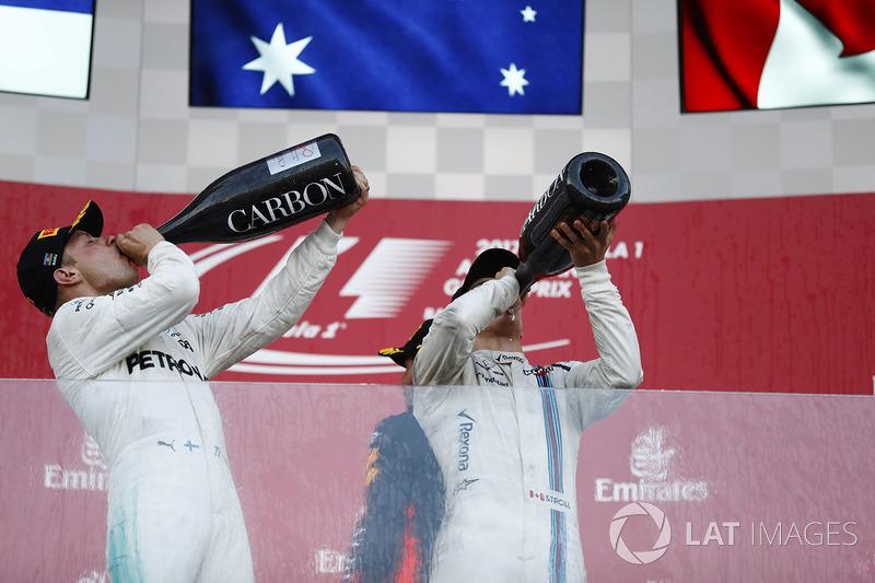 Podio: segundo lugar Valtteri Bottas, Mercedes AMG F1, y el tercer lugar Lance Stroll, Williams