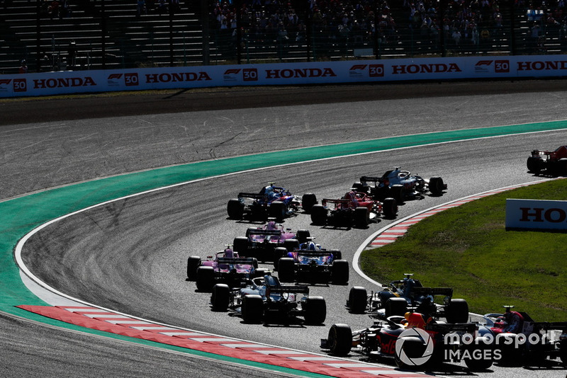 Kimi Raikkonen, Ferrari SF71H, Romain Grosjean, Haas F1 Team VF-18, Sebastian Vettel, Ferrari SF71H, Brendon Hartley, Toro Rosso STR13, y Sergio Perez, Racing Point Force India VJM11, Kevin Magnussen, Haas F1 Team VF-18, and Carlos Sainz Jr., Renault Sport F1 Team R.S. 18