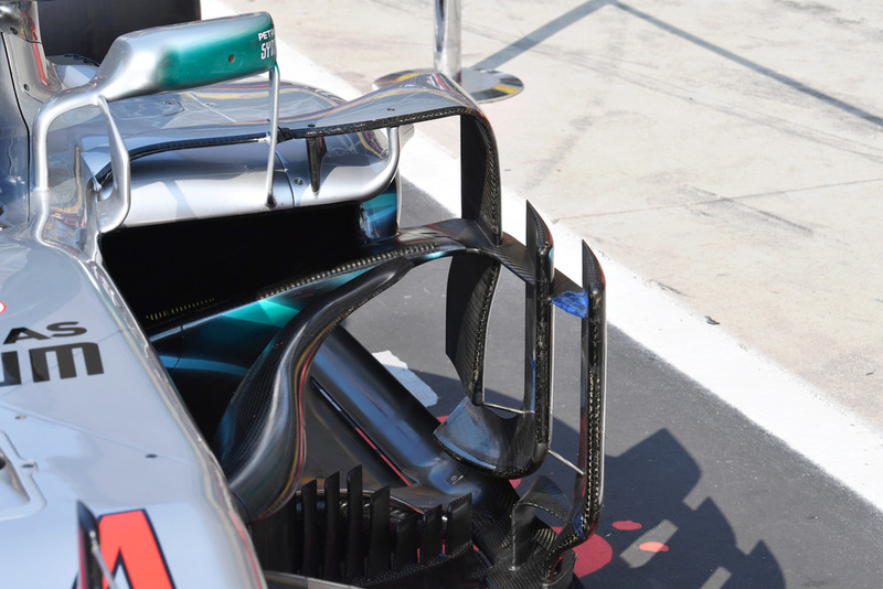 Mercedes AMG F1 W09 barge board detail