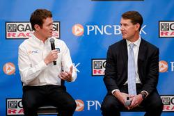 Scott Dixon, Chip Ganassi Racing; Bill Demchak, Präsident PNC Bank