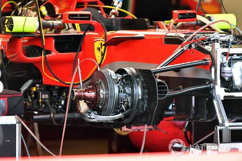 Ferrari SF71H detalles del cubo de la rueda delantera