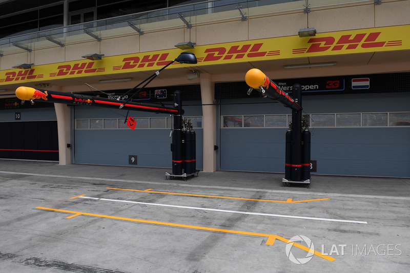 Pit box Red Bull Racing