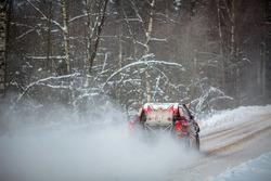 Нассер Аль-Аттия и Матье Бомель, Tamim Al-Majd Team, Toyota Hilux (№1)