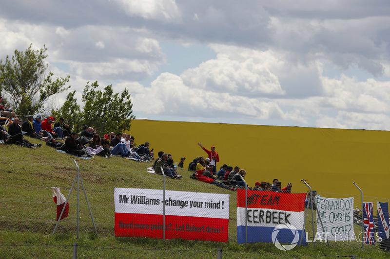 Tifosi di Robert Kubica, Williams Martini Racing, esprimono il proprio parere
