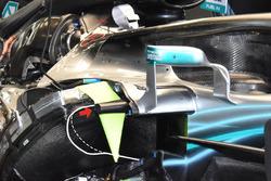 Mástil de impacto lateral del Mercedes