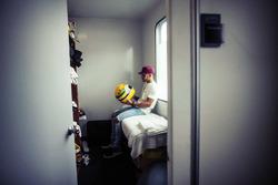 Lewis Hamilton, Mercedes, mit Helm von Ayrton Senna