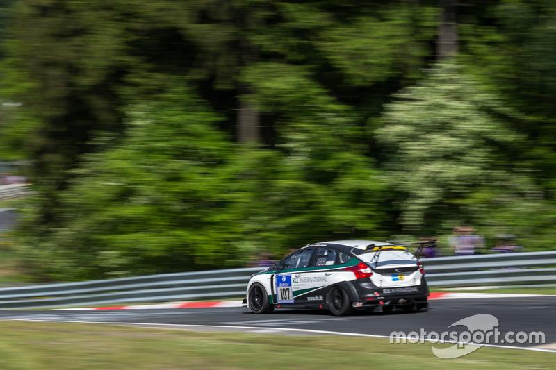 #107 Ford Focus ST: Patrick Prill, Marcel Willert, Jens Ludmann, Hans Joachim Laufenberg