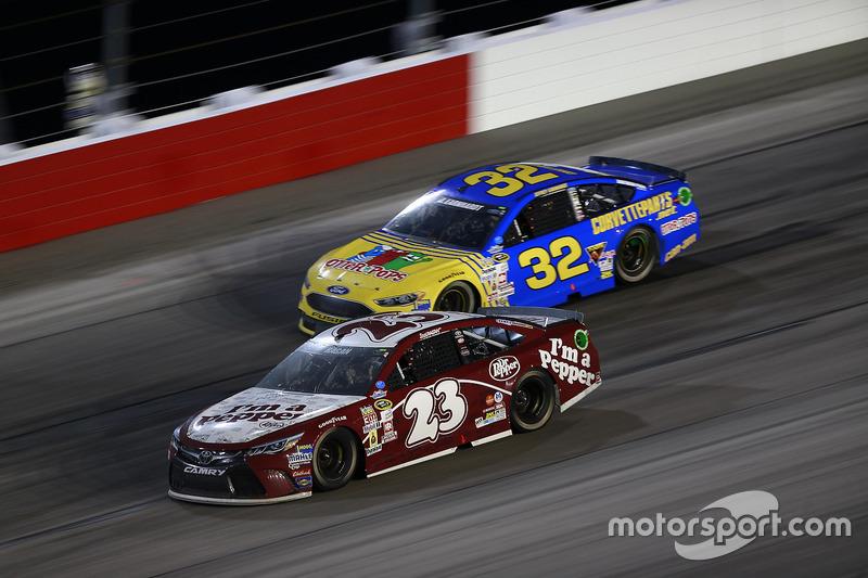 David Ragan, BK Racing Toyota, Jeffrey Earnhardt, Go Green Racing Ford