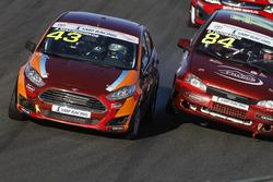 Андрей Масленников, Ford Fiesta, и Александр Голованов, Лада Калина