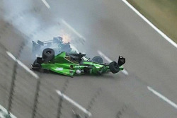 Conor Daly, Dale Coyne Racing Honda en Josef Newgarden, Ed Carpenter Racing Chevrolet, crash