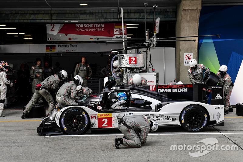 El Porsche #2 de Romain Dumas, Neel Jani y Marc Lieb
