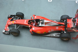 Ferrari SF16-H tijdens pitstoptraining