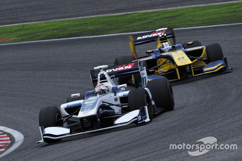 Bertrand Baguette, Nakajima Racing  and Kamui Kobayashi, Team LeMans