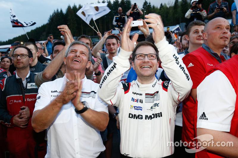 Fritz Enzinger, Vizepräsindent LMP1, Andreas Seidl, TeamChef, Porsche Team