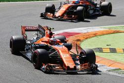Стоффель Вандорн и Фернандо Алонсо, McLaren MCL32