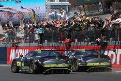 Checkered flag for #95 Aston Martin Racing Aston Martin Vantage: Nicki Thiim, Marco Sorensen, Richie Stanaway and #97 Aston Martin Racing Aston Martin Vantage: Darren Turner, Jonny Adam, Daniel Serra