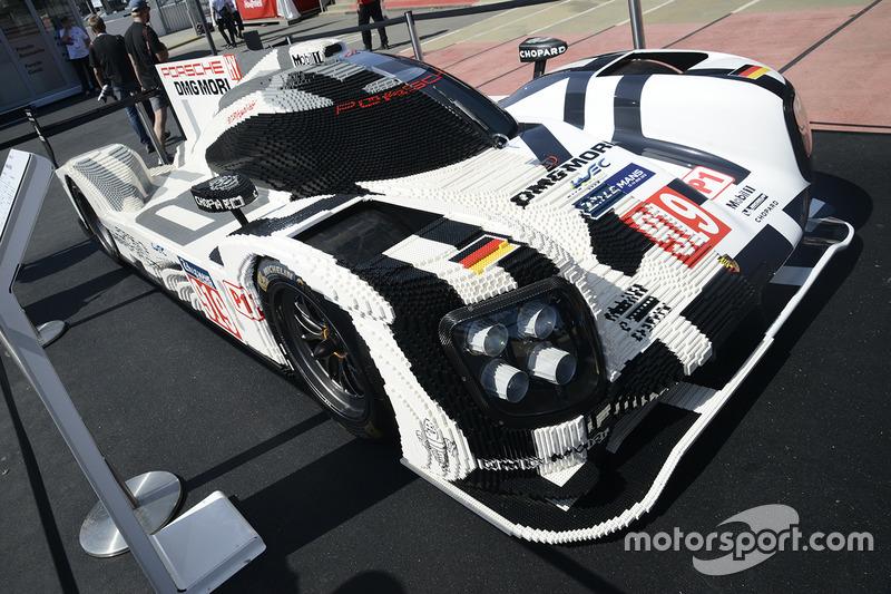 Porsche 919 Hybrid aus Lego