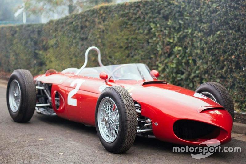 Модель 156, созданная конструктором Карло Кити и прозванная «Акульим носом», принесла Скудерии двойной успех в Голландии, а в Спа и вовсе четверо лучших пилотов выступали на Ferrari