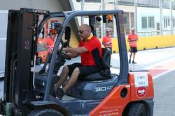 DHL forklift truck