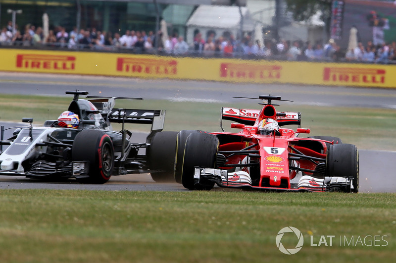 Reifenschaden: Sebastian Vettel, Ferrari SF70H