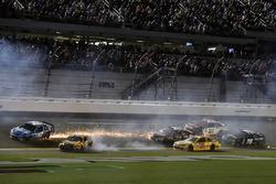 Kyle Larson, Chip Ganassi Racing Chevrolet wrecks