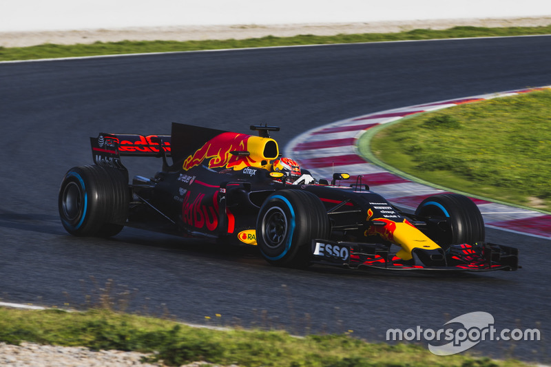 #9: Red Bull Racing RB13
