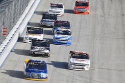 Chase Briscoe, Brad Keselowski Racing Ford, Kaz Grala, GMS Racing Chevrolet, John Hunter Nemechek, S