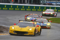 #3 Corvette Racing, Chevrolet Corvette C7.R: Antonio Garcia, Jan Magnussen, Mike Rockenfeller; #68 F
