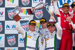 Подиум: #8 Bentley Team M-Sport, Bentley Continential GT3: Стивен Кейн, Гай Смит, Оливер Джарвис