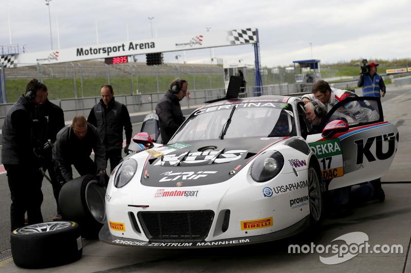 #17 KÜS TEAM75 Bernhard, Porsche 911 GT3 R: Mathieu Jaminet, Michael Ammermüller
